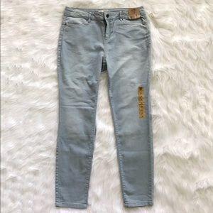 Denim - New women's slim fit jeans size 30.